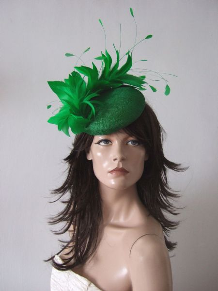 "Emerald Green Feather Fascinator Smartie Hat ""Moya"" Royal Ascot / Kentucky Derby Headpiece"